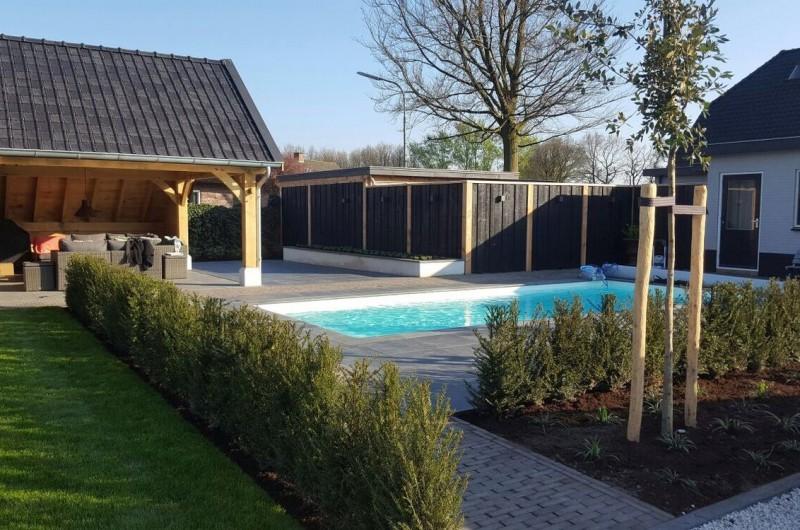 Tuinen met een zwembad